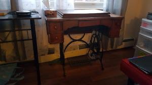 Sewing table WITH OUT machine