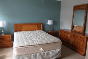 Solid Wood 6 piece Bedroom Set