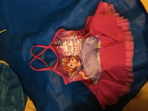 Very EUC toddler swim suit size 3T