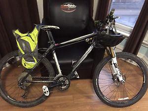 specialized rockhopper SL bike 600$ firm