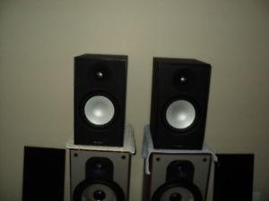 stereo gear paradigm klipsch nad harmon kardon niko alpha