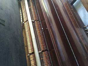 Antique piano stand up
