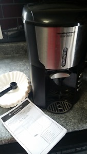 Coffee maker - brewer type