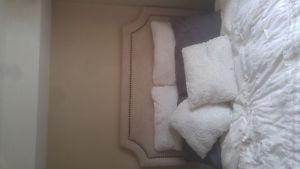 HIGH QUALITY QUILTED HEADBOARD AND PILLOWS