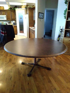 Large 6 Ft Round Table