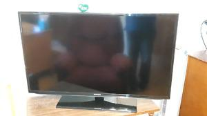 Samsung 40in Full HD LED tv $275 OBO