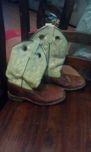 Size 5 youth cowboy boots