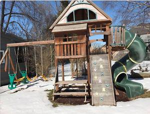 Sun bistro play set for sale