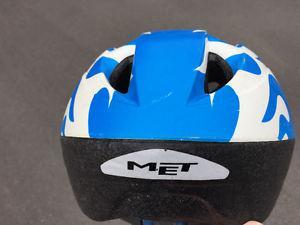 Toddler / youth MET bike helmet
