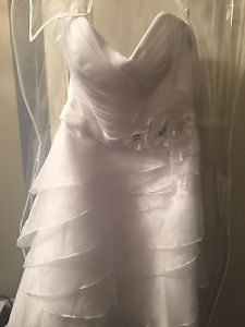 Wanted: Alfred Angelo wedding dress