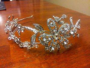 wedding hairband accessory