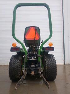 655 John Deere Lawn and Garden Tractor