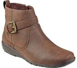 BRAND NEW BROWN '' EASY SPIRIT '' BOOTIES FOR SALE