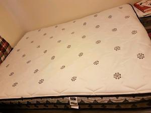 Bed set (Matress/box spring/frame) for sale