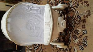 Eddie bauer netted Baby chair