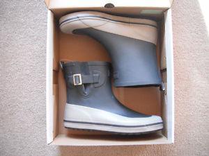 NEW women's Rainboots (2 styles) *size 9 or 10