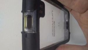 Samsung S4 Lifeproof Case (used but good condition)