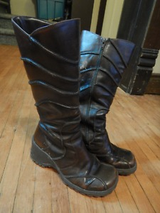 Women's Boots, Size 6½-7