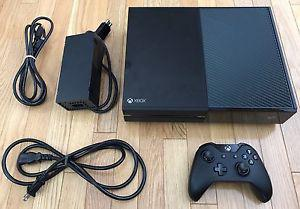 XBOX ONE With 1 Controller & All Cords