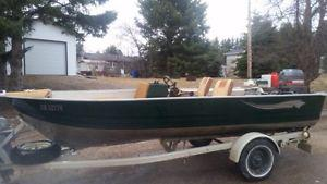 17' MirroCraft Musky Fishing Boat and trailer