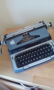 Eaton Viking Typewriter (FULLY FUNCTIONAL)