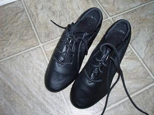 For sale kids leather jazz shoes - Brand New. Youth Size 3.