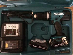 """Makita 1/2"""" hammer drill kit"""