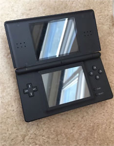 Nintendo DS, games and case
