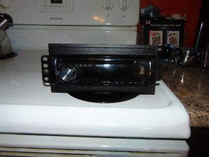 Pioneer car stereo like new con with remote $