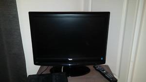 """22"""" flat screen TV"""