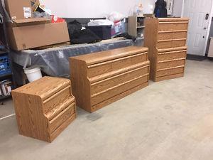 3 Piece Bedroom Dresser Set