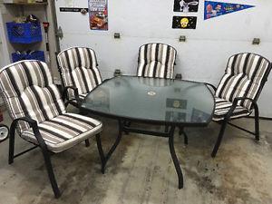 5 piece patio set.