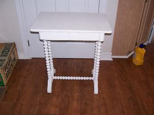 Antique Side Table With Spool Legs 24 by 15 and 28 Tall