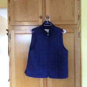 Coach vest size large. Blue