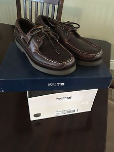 Men's brand New Sperry shoes.