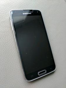 Samsung Galaxy S5 - 16 GB - Black - Unlocked