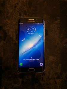 Samsung Galaxy S6 Edge 64 GB with Gear VR and 2 fast