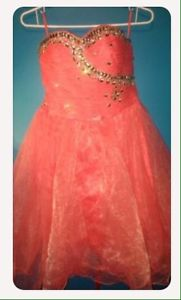 Wanted: Grad dress for sale!!