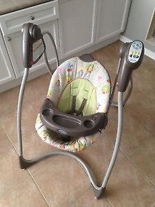 Winnie The Pooh Baby Swing and vibrating chair ! Delivery