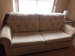 Beautiful great condition pull out couch/sofa bed