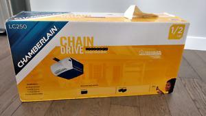 Brand new Chamberlain 1/2 hp garage door opener LC250