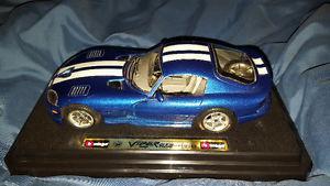 Burago Dodge Viper Diecast car