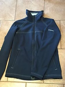 Columbia women's small soft shell jacket