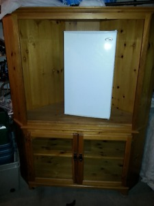 DISPLAY CABINET - TV STAND