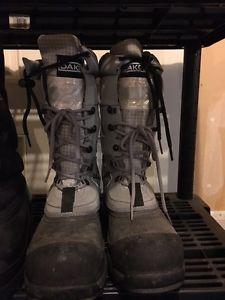 Dakota steel toe boots size 6