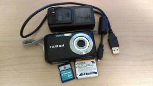 Fujifilm FinePix JV200 Digital cam+2G Kingston Flash Memory