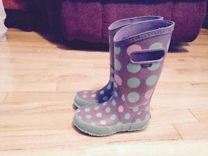 Girls Bogs rubber boots size 10