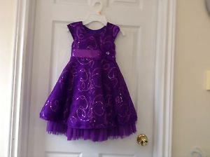 Girls clothes size 4-5