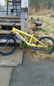 Kids 6 Speed Bike for Parts or Repair (rd below)
