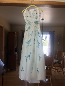 Prom Dress or Wedding Dress For Sale